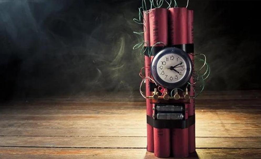Правила поведінки, коли в будинку знайдено вибуховий пристрій і вас евакуюють